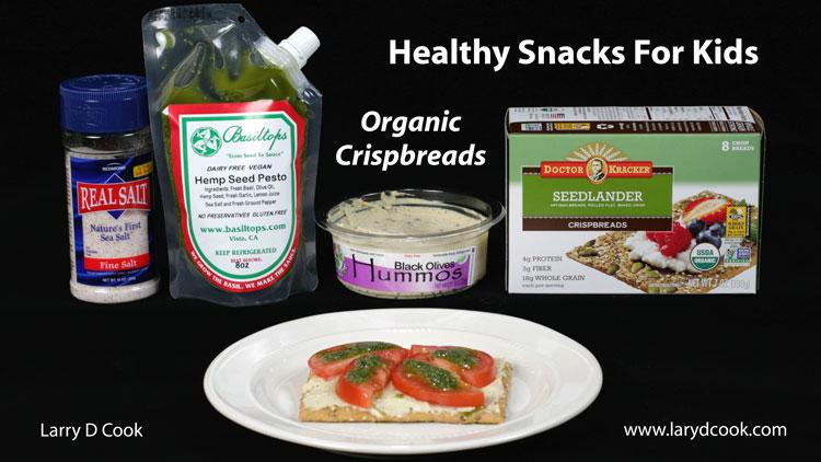 Healthy-Snacks-For-Kids-Crispbreads-Hummos-750